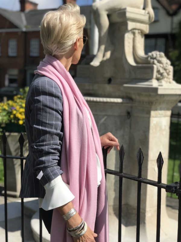 CASHMERE CLASSIC WRAP - WARM PINK
