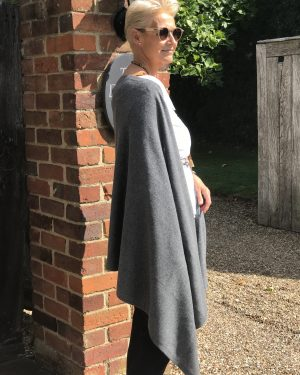 CASHMERE CLASSIC WRAP - CHARCOAL GREY