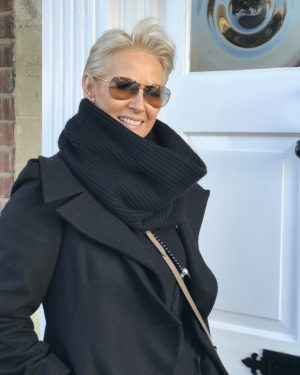 CASHMERE RIBBED SNOOD - BLACK