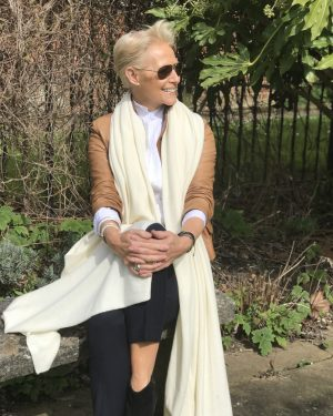 CASHMERE OVERSIZED WRAP - SOFT CREAM