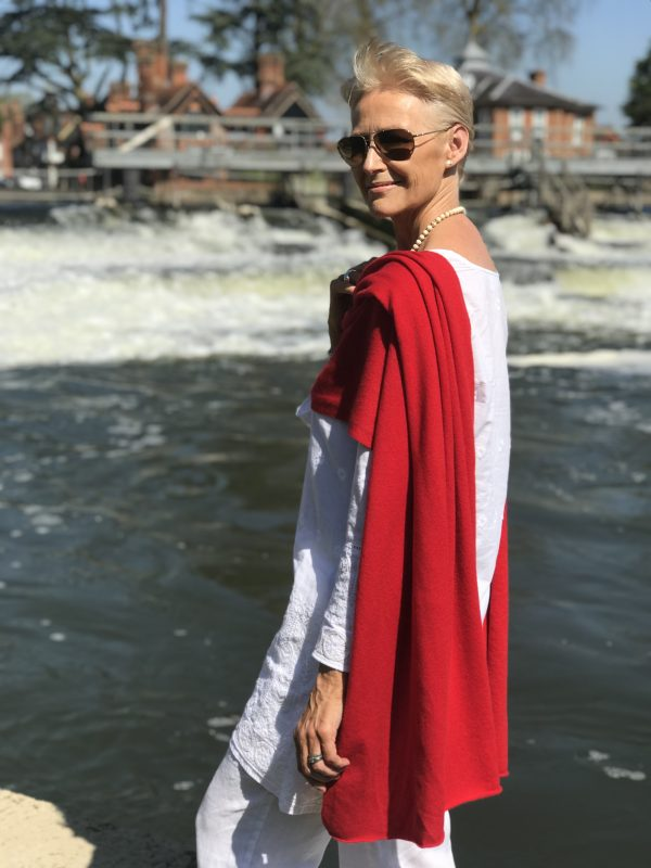 CASHMERE CLASSIC WRAP - VENETIAN RED