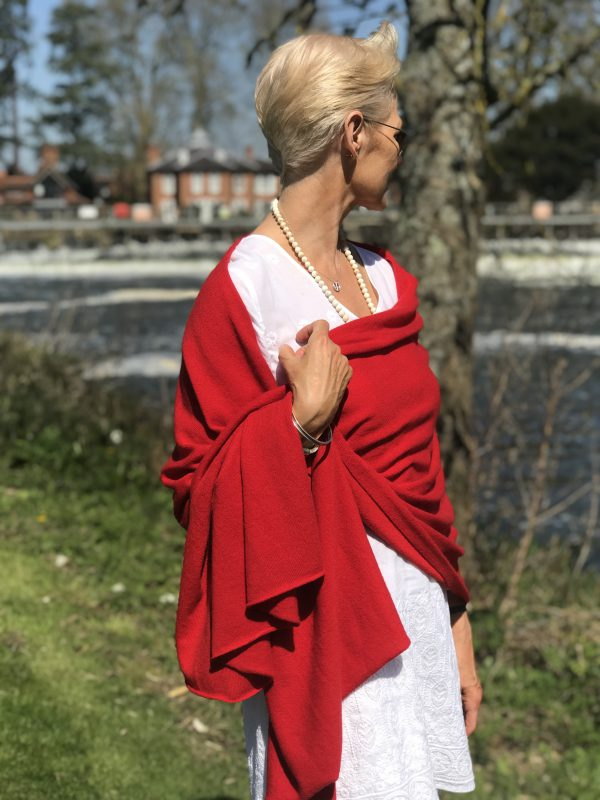 CASHMERE CLASSIC WRAP - VENETIAN RED