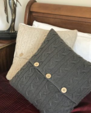 CASHMERE CUSHION - PEWTER