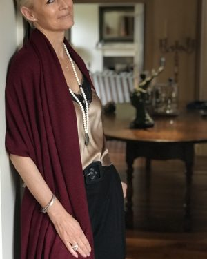CASHMERE OVERSIZED WRAP - WINE