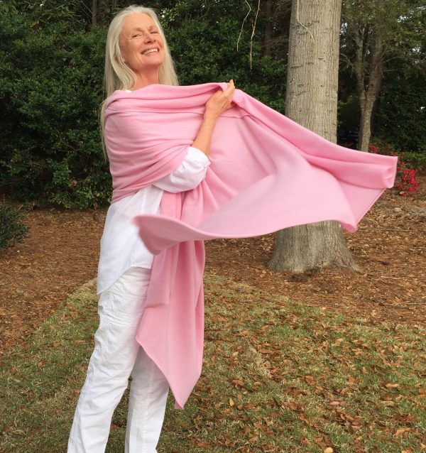 CASHMERE OVERSIZED WRAP - WARM PINK