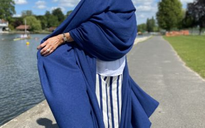 All the blues – our blue cashmere wraps!